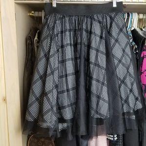 Torrid Houndstooth Tulle Skirt